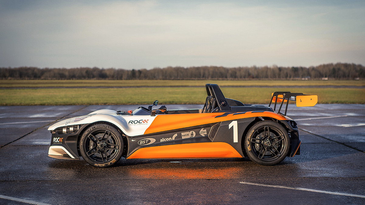 MOMO Partners with International Race of Champions as it Arrives on US Soil for the First Time