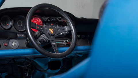 Blue Bisimoto Twin Turbo Porsche 964 - MOMO Prototipo Steering Wheel