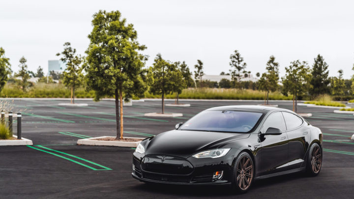Black Tesla Model S - MOMO RF-10S Wheels in Matte Bronze
