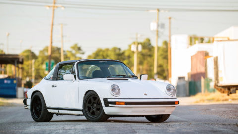 White Porsche 911 SC Targa - MOMO Heritage 6 Wheels in Matte Black