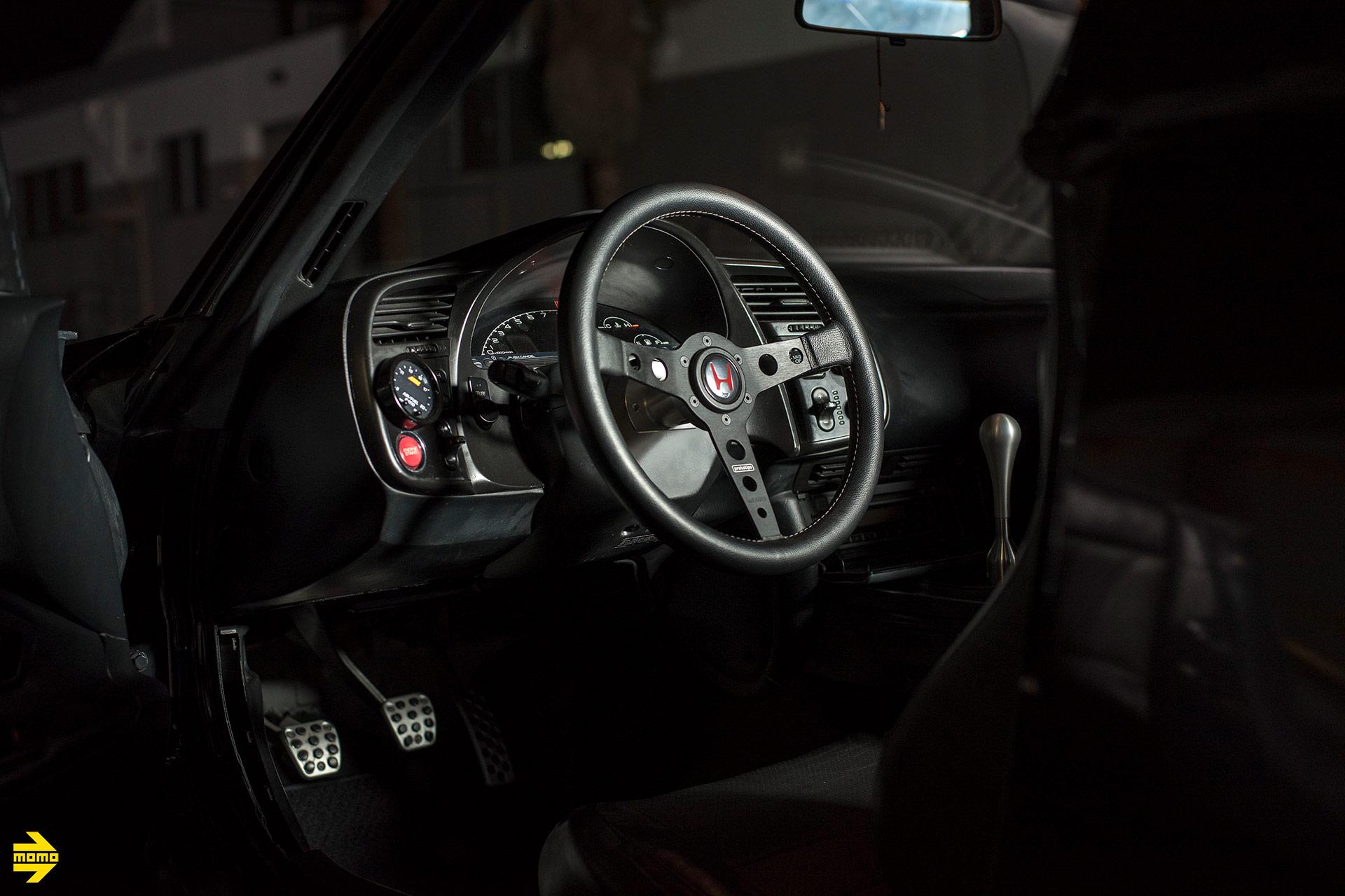 Honda S2000 - MOMO Prototipo Steering Wheel in Black